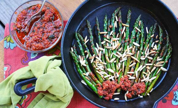 griddled asparagus with pistou 4