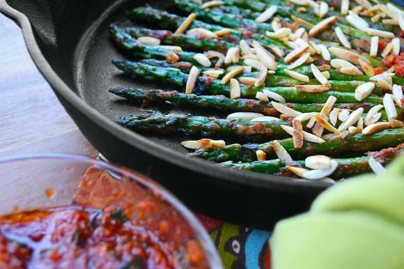 griddled asparagus with pistou